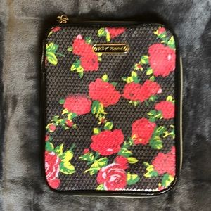 BETSEY JOHNSON Sequin Roses Ipad Notebook Case